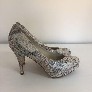 Aldo snakeskin synthetic leather platform heels